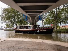 Canal du Midi - Port d'Homps - Le Saint Ferreol (Jordi Brió) Tags: homps laredorte occitanie aude azille barco bateau boat canal canaldumidi france francia frança herault jordibrio midi occitania s9 samsung samsungs9 smartphone vaixell