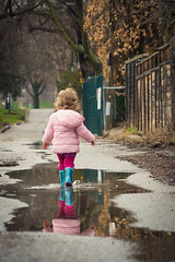 After the Rain (A Great Capture) Tags: spring lane alley toronto fun toddler reflection puddle rubberboots rainboots puddles memories childhood agreatcapture agc wwwagreatcapturecom adjm ash2276 ashleylduffus ald mobilejay jamesmitchell on ontario canada canadian photographer northamerica springtime printemps 2019 city downtown lights urban ef2470mm 2470mm colours colors colourful colorful cityscape urbanscape eos digital dslr lens canon mirror glass reflections outdoor outdoors outside vibrant cheerful vivid bright streetphotography streetscape photography streetphoto street calle depthoffield dof