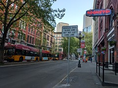 Have you seen the new signs in Pioneer Square? Vehicles weighing 10,000+ pounds are no longer allowed in the curb lane on 1st Ave between Marion St and Railroad Way S. (Seattle Department of Transportation) Tags: donghochang seattle sdot transportation pioneersquare new sign weight restrictions 10000 gvw bus transit metro rooms state hotel classic neon 75¢ trees red brick