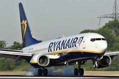 EI-DPV (AnDyMHoLdEn) Tags: ryanair 737 egcc airport manchester manchesterairport 05r