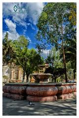 Fuente Parque San Sebastián (tuantigua) Tags: arcos arte agua arquitectura patrimonio plaza parque españa foto fotografía fuente velasco iglesia diseño laantigua guatemala santiagodeloscaballeros