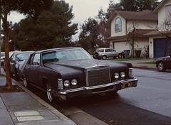 Sunnyvale, California (bior) Tags: pentax645nii pentax645 6x45cm ektachrome e200 kodakektachrome slidefilm mediumformat 120 sunnyvale street residential suburbs car lincoln