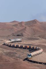 Cumbre (Reed Skyllingstad) Tags: 3201 3204 3205 antofagasta chile color cumbre cumbreloops desert emd emdgt42 electromotivediesel fcab fcab3201 fcab3204 fcab3205 ferrocarrildeantofagastaabolivia flatcar gt42 mannedhelpers narrowgauge outdoors outside railroad railway sulfuricacid sunny tankcar tracks train