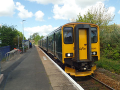 150265 Lympstone Village (Marky7890) Tags: gwr 150265 class150 sprinter 2f27 lympstonevillage railway devon avocetline train