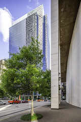 Capitol Tower-Houston-05 2019 (Mabry Campbell) Tags: 2019 capitoltower harriscounty houston mabrycampbell may texas usa building downtown exterior image officebuilding photo photograph skanska
