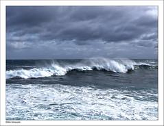Der Atlantik rollt seine Wellen heran (dolorix) Tags: dolorix spanien spain baskenland sansebastian donostia wellen waves meer ocean