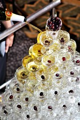 IMG_9643 (7351cisco) Tags: grapes champagne glass tower pyramid