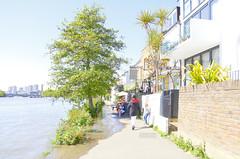 _B5A4685REWS Spring Tide Fun, © Jon Perry, 4-5-19 zbq (Jon Perry - Enlightenshade) Tags: enlightenshade arranginglightcom jonperry river thames london strandonthegreen w4 hightide 4519 20190504 chiswick
