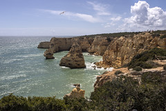 Praia da Marinha (dckellyphoto) Tags: praiadamarinha portugal 2019 ocean water beach sky clouds canon6dmarkii travel europe algarve coast