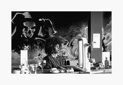 Menace. (francis_bellin) Tags: olympus espagne streetphoto street netb photoderue verre artsenal noiretblanc malaga peur mort ville rue monochrome bw 2019 andalousie blackandwhite