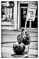 Tattoo & Body Piercing - Wellness Favourites (Andy J Newman) Tags: portrait nikon candid humour street d500 bandw black bristol man blackandwhite monochromesilverefex humor england unitedkingdom
