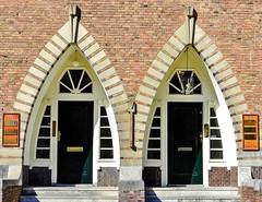 Law & Order (Hans Veuger) Tags: nederland thenetherlands amsterdam delairessestraat kantoren office law tax auctions bonhams nikon b700 coolpix deur deuren doors steps nederlandvandaag unlimitedphotos twop amsterdamzuid