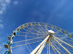 'Helsinki Skywheel' (Timster1973 - thanks for the 16 million views!) Tags: helsinki finland ferriswheel canonm3 canon mirrorless helsinkiskywheel ferris amusement skyline blue arc arch pattern composition timknifton timster1973 walkswithnon