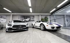 GT R & Ford GT. (Tom Daem) Tags: gt r ford garage deman brussels brussel