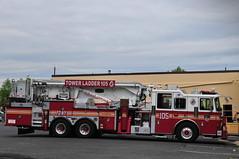 FDNY Tower Ladder 105 (Triborough) Tags: nj newjersey middlesexcounty eastbrunswick fdny newyorkcityfiredepartment firetruck fireengine tower ladder towerladder towerladder105 ladder105 seagrave
