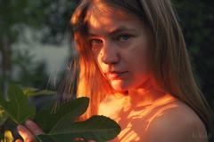 Nastya behind the Fig Leaf (RickB500) Tags: rickb rickb500 nastya paloma dasha cute blonde nudeart cupa portrait girl