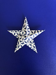 Simple star - Radha's Origami. (anuradhadeacon-varma) Tags: papercrafts paperfolding paper star origami simpleorigamistar