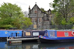 Whyknot indeed? (Harry McGregor) Tags: unioncanal canal edinburgh scotland narrowboats water boats barges church abandoned harrymcgregor nikon d3300 7 may 2019 reflections