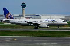 N469UA (United Airlines) (Steelhead 2010) Tags: unitedairlines airbus a320 a320200 yyz nreg n469ua