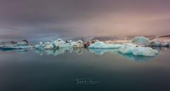 Jokulsarlon (Toni_pb) Tags: iceland islandia jökulsárlón glacierlagoon glacier glaciar ice water waterscape wild winter winterscape nikon nature nikkor1424f28 naturaleza hielo landscape
