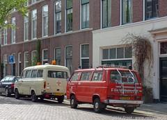Den Haag, april 2019 (Okke Groot - in tekst en beeld) Tags: sidecode7 83zlhl fordtransitvilambulance vwtyp2t3255521kleinbus denhaag balistraat sidecode6 77gtb4 volkswagen nederlland brandweerautos