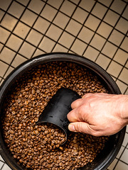 Reaching for caffeine (Bryan Esler Photo) Tags: grandrapids rowster coffee caffeine espresso coffeeshop coffeebeans beans grandrapidsmagazine