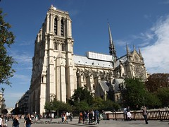 Notre Dame souvenir (Norman555) Tags: artistique art architecture europe touriste urban photo photography photographie photographe photos public paris portrait people street streetphotography france flickr wonderfulworld cathédrale cathedrale visite beautiful norman 75 seine notredame