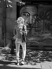 Mirada (vitometodio) Tags: streetphoto streetphotography bnw bnwcity bnwlife bnwworld urbanphotography fotografiaurbana streetshots street fotodecalle streetphotobw calle blancoynegro urbanstreet streetart blackandwhite bnwpeople bnwphoto streetshot blackandwhitephotography vitometodio mirada dali olympusomdem5markii olympusmzuikodigitaled1240mmf28