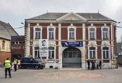 le Paris Roubaix à Saint Python (louis.labbez) Tags: saintpython nord france parisroubaix race course cyclisme cycliste coureur labbez pavé campagne countryside mairie