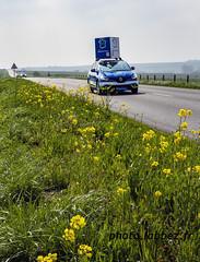 Paris-Roubaix 2019, voiture des Hauts de France (louis.labbez) Tags: neuvilly hautsdefrance france parisroubaix race course cyclisme cycliste coureur labbez campagne countryside advertissment publicité région route