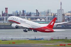 Boeing 787-9, B-208X, Shanghai Airlines (tkosada.mac) Tags: shanghaiairlines skyteam dreamliner boeing b789 tokyointernationalairport hanedaairport hnd rjtt