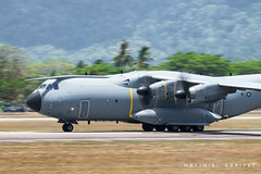 RMAF Airbus A400M (Matthisphotography) Tags: lima lima19 airplane airshow air aircraft aviation aviationgeek aviationlover avion airport airshowstuff aerospace airbus aeronautics airplanes avgeek demo demonstration a400m military malaysia maritime malaysian maritim militaire atlas grizzly blade engines engine turboprop europrop wings take takeoff off landing langkawi plane planes exhibition international panning sky speed shutter wheels flaps probe refueling cockpit pilot pilots runway aerobatic aéroport cargo freight fret grey island malay sun sunny nikon d5300 display tamron 150600 matthisphotography