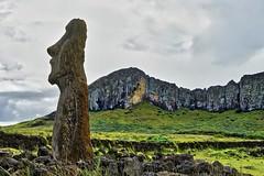 Rano Raraku - Easter Island (michael_jeddah) Tags: easterisland rapanui osterinsel chile moai ranoraraku polynesia
