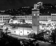 Jamaa al-Jdid (Reda Ait Saada) Tags: mosquée de la pêcherie jamaa al jdid alger algiers algérie algeria canon 7d black white monument patrimoine long exposure longue exposition ciudad city travel 1855 mm lights night trails minaret ottoman architecture coupole casbah place des martyrs noir et blanc blanco y negro