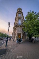 Bar à Vin (PaaulDvD) Tags: bordeaux city gironde aquitaine france colors reflet sun sunset blue urbanscape cityscape
