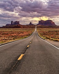 Monument Valley (Daniel000000) Tags: utah west monument valley road highway forrest gump movie art sky cliffs mountains mountain stripes lines horizon nature natural landscape nikon photography d850 dslr sunset sunsets desert out brown yellow cloudy light national outside green sun spring park car cars travel adventure explore flickr old new orange