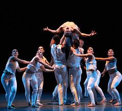 Flickers                                               Giordano Dance Chicago Choreography: Marinda Davis Gorman Cook Photography (Overlaplighting) Tags: dl