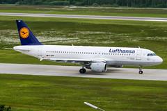 D-AIPP (PlanePixNase) Tags: aircraft airport planespotting haj eddv hannover langenhagen lufthansa airbus 320