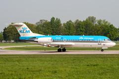 PH-JCT (PlanePixNase) Tags: aircraft airport planespotting haj eddv hannover langenhagen klm cityhopper fokker 70 f70