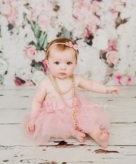 Penny.. (Samantha Nicol Art Photography) Tags: tutu portrait family photographer samantha nicol art beith ayrshire studio pink toddler baby sitter bow