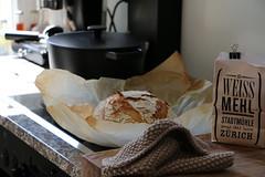 miracle no knead bread homemade by LeLo www.machetwas.blogspot.com (letizia.lorenzetti) Tags: pinchofyum nokneadbread miraclenokneadbread cranecookware c1 cranec1 gusseisen gusseisentopf backen backenimgusseisentopf brot pain bread pane baking breadbacking brotbacken weissmehl stadtmühlezürich swissmill ausdemofen homemade madebylelo wwwmachetwasblogspotcom vitreousenamelledcastiron c1casserole23cm castiron casserole