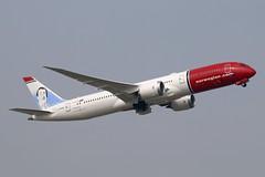 G-CKWT - LGW (B747GAL) Tags: norwegian boeing b7879 dreamliner lgw gatwick egkk gckwt