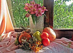 Осенняя зарисовка (lvv1937) Tags: цветы ваза овощи photography flickrunofficial7240512items stilllifemypassionp1c2highqualityimagesonly