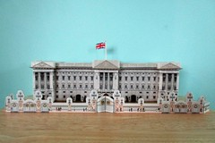 Buckingham Palace (pefkosmad) Tags: ravensburger3dpuzzle ravensburger 3dpuzzle jigsaw puzzle hobby leisure pastime used complete secondhand buckinghampalace building architecture london