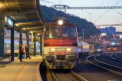 ŽSSK 240 028 Bratislava hlavná stanica (daveymills37886) Tags: žssk 240 028 bratislava hl st class laminatky hlavná stanica