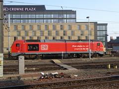 67013 at Newcastle (17/4/19) (*ECMLexpress*) Tags: db cargo class 67 diesel thunderbird locomotive 67013 newcastle ecml