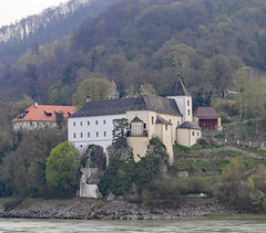Monastery Schoenbuehel Aggsbach Wachau Valley (photo_paddler) Tags: urope austria wachau valley village color outdoor spring day availablelight wachauvalley