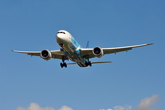 CZ0303 CAN-LHR (A380spotter) Tags: approach landing arrival finals shortfinals beacon belly boeing 787 9 900 dreamliner™ dreamliner b1293 special787colours 中国南方航空 chinasouthernairlines csn cz cz0303 canlhr runway27l 27l london heathrow egll lhr
