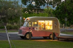 Hello Mr Whippy (Patricia Woods) Tags: nikon z6 hervey bay mr whippy afternoon