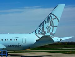N767CJ (Air Drake - CargoJet) (Steelhead 2010) Tags: cargojet drake airdrake yhm nreg n767cj b767 b767200er bizjet vip